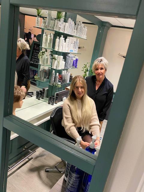 Hairnation Haarwerken Team